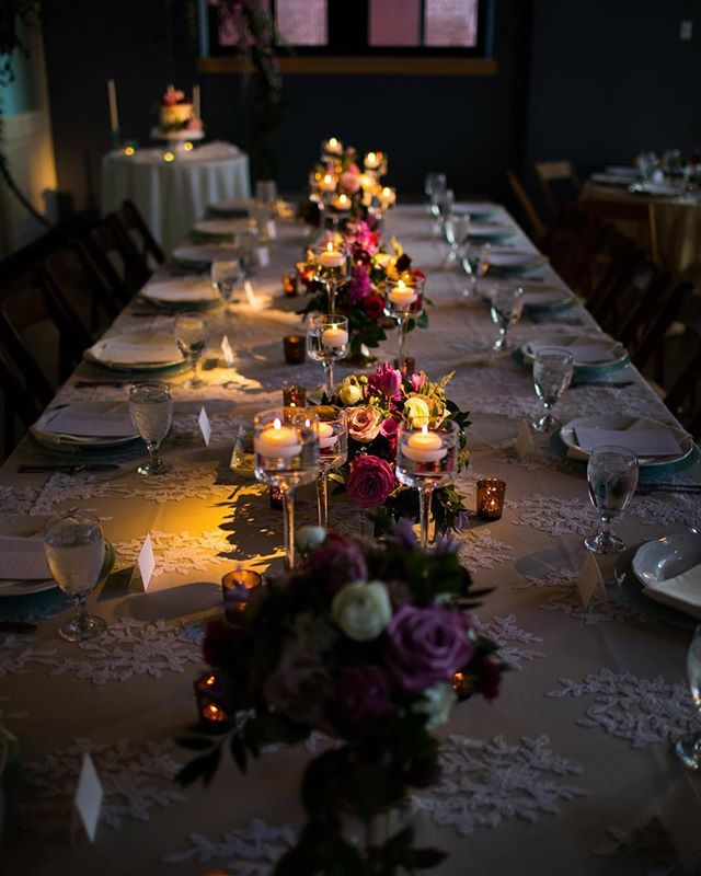 Time to light up beautiful tables for the wedding weekend.💡 #iegkc
