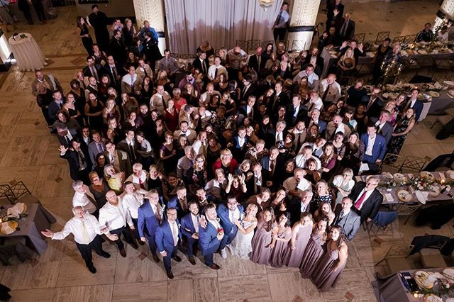 Where's waldo, aka the bride and groom?😉 Our signature group 📸 is a favorite memory for our wedding clients. #iegkc
