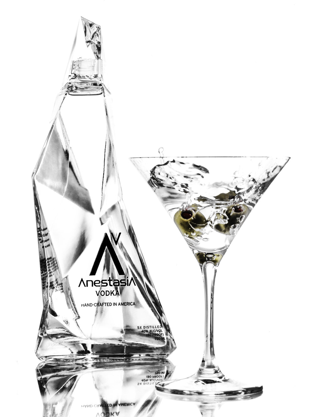 1_AV_Bottle_with_Martini.jpeg