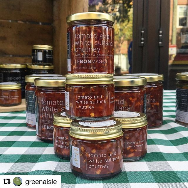 😍 #LeBonMagot is in #Philly @greenaisle today from 12-3pm! Be sure to stop by for a spoonful! ❤️😋🍅 #Repost @greenaisle (@get_repost) ・・・ Naomi from @lebonmagot is here at Grays for #MeetTheMakers, sampling her flavor-packed chutneys till 3 #smallbatch #artisan #delicious #cooking #condiment #graduatehospital #greenaisle #philly