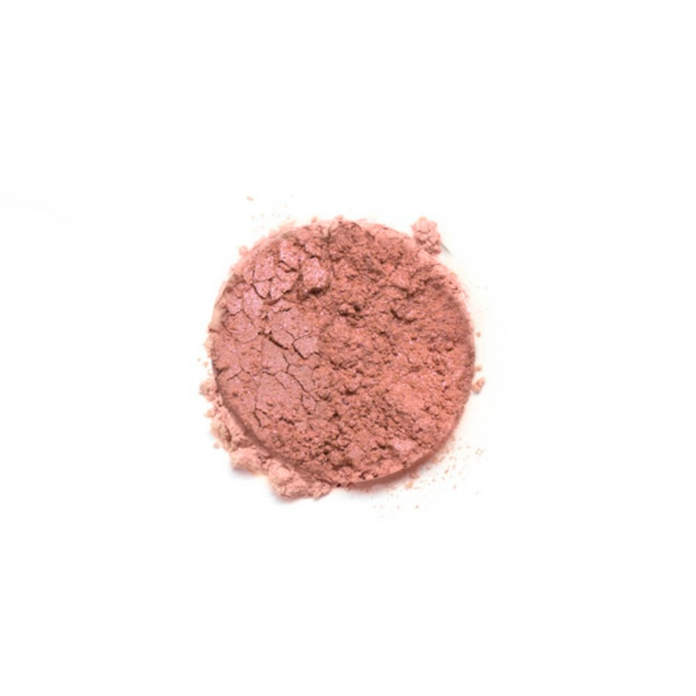 SMASHING    Smashing is a cool pink color with shimmer. Whether you're looking for romantic rosiness or youthful luminosity, give your skin a healthy glow with Savvy Minerals by Young Living Blush. This long-lasting blush is made with mineral-based ingredients and provides the perfect flush. It builds and blends beautifully, allowing you to create a radiant, natural-looking flush that suits your skin tone. All of these blush colors are ideal for sensitive skin.   Click here   to learn more about this product.