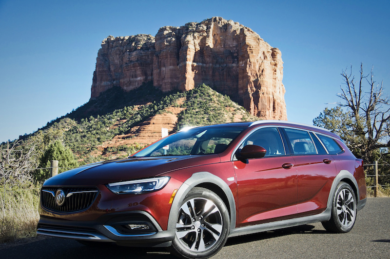 Buick Regal TourX.jpg