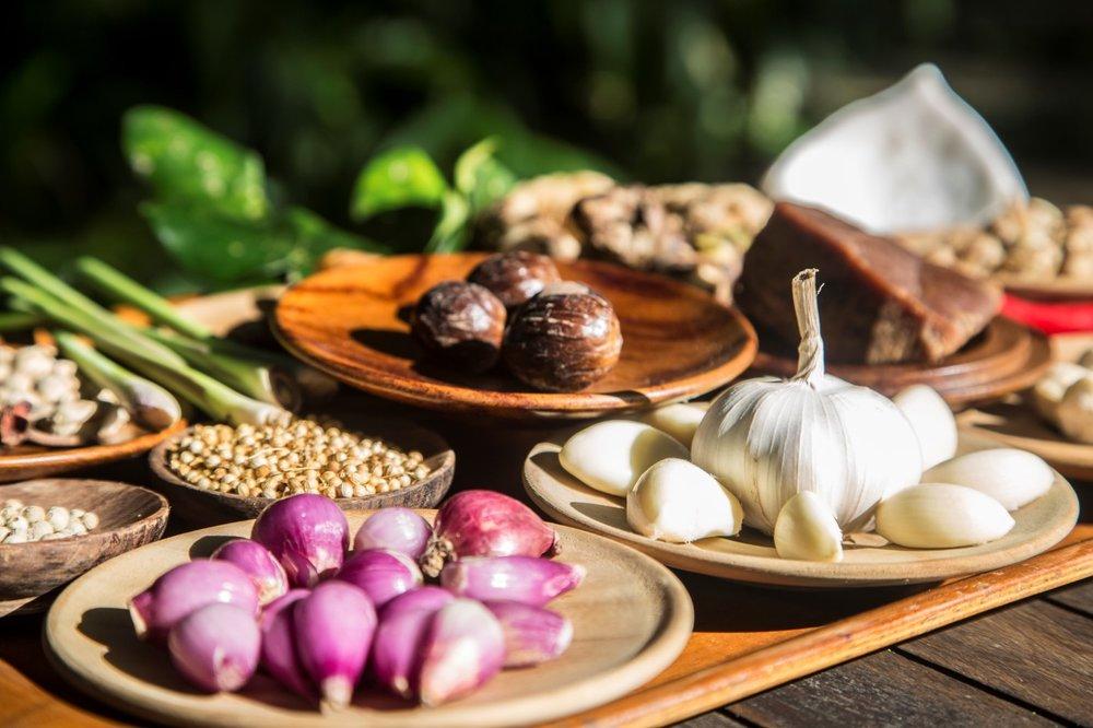 Alassari food- garlic etc (Custom).jpg
