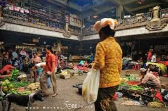 Tabanan Traditional Markets - IDR 500,000++per car.Minimum 2 personsWith an English speaking car driver/guide, visit Tabanan City's traditional markets, the indoor market, and the outdoor full market. These are markets where the local Balinese shop.Pick up some great bargains and learn how to negotiate as the Balinese do.You may be the only tourists there.
