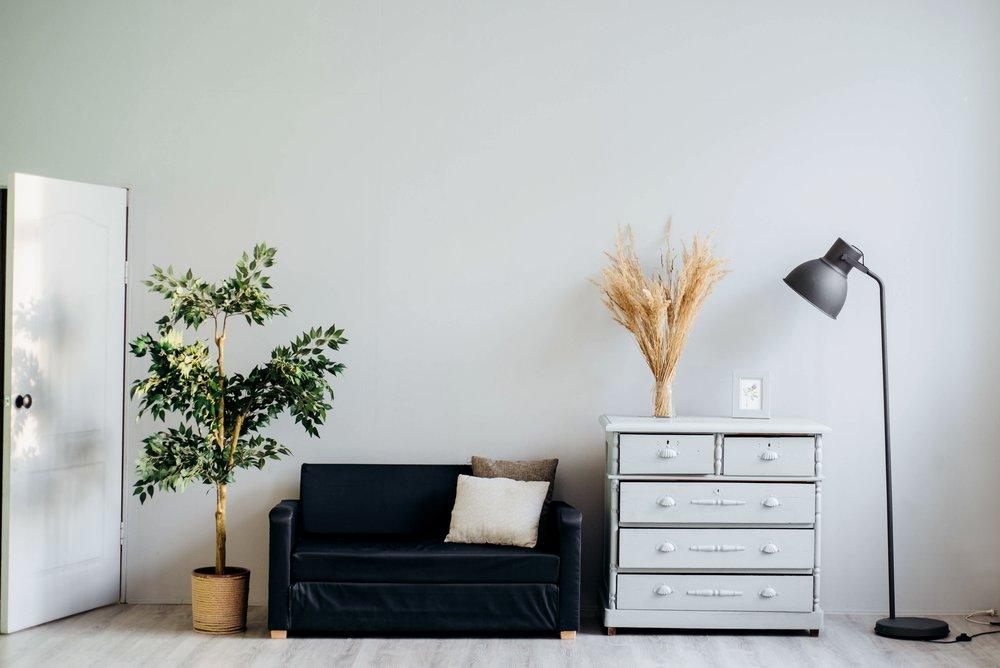 Decorate Room - Flower and Dresser.jpg
