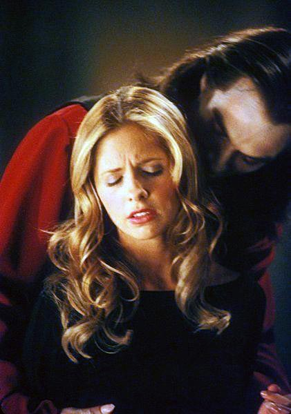 Buffy_vs._Dracula_04.jpg