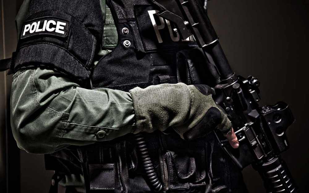 Showing Gallery For Police Officer Pictures Wallpaper.jpg