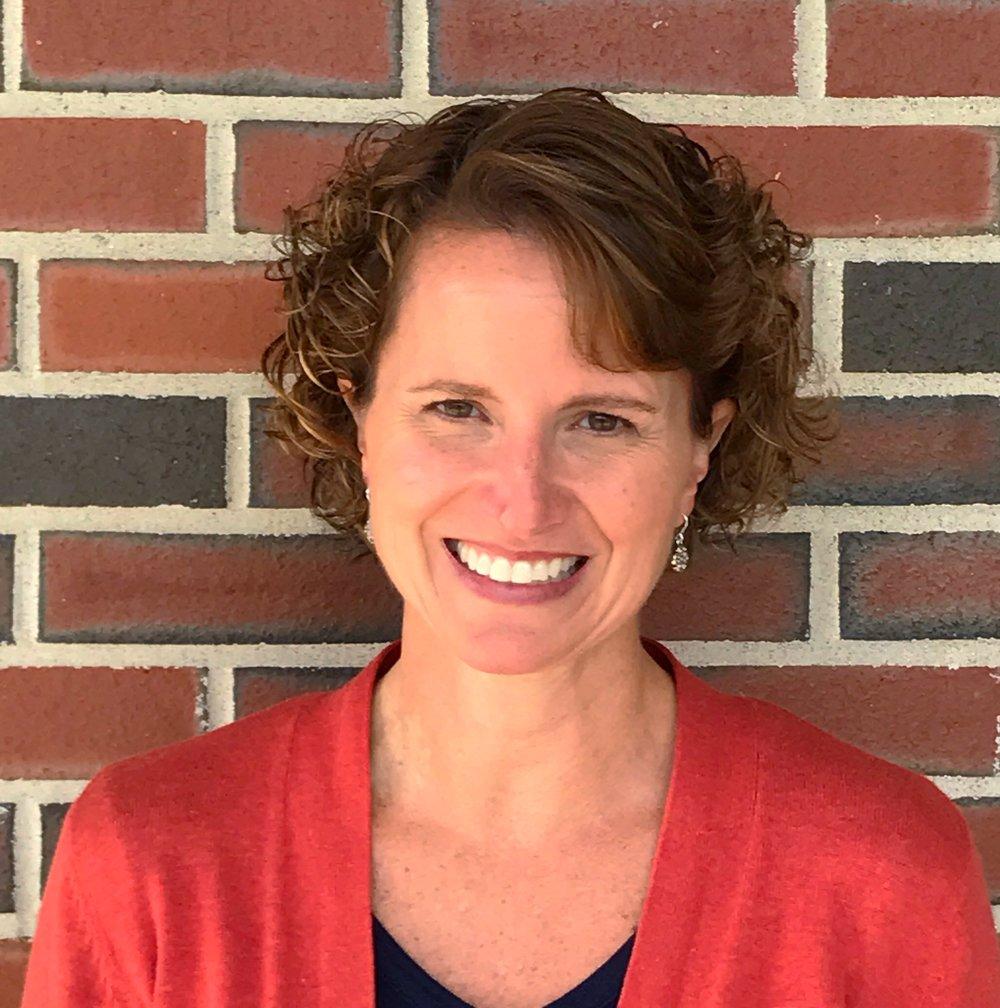 Lara Poulios | Educational Consultant | Glastonbury, Connecticut