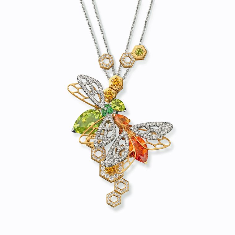 chaumet_abeille_mandarin_garnet_and_peridot_necklace__760x0_q80_crop-scale_subsampling-2_upscale-false.jpg