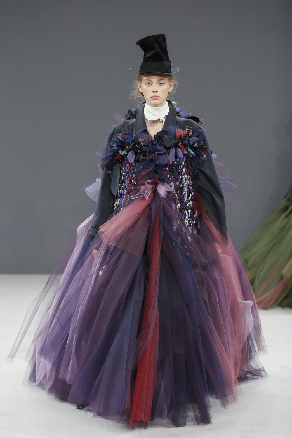VIKTOR & ROLF HAUTE COUTURE FALL/WINTER 2016