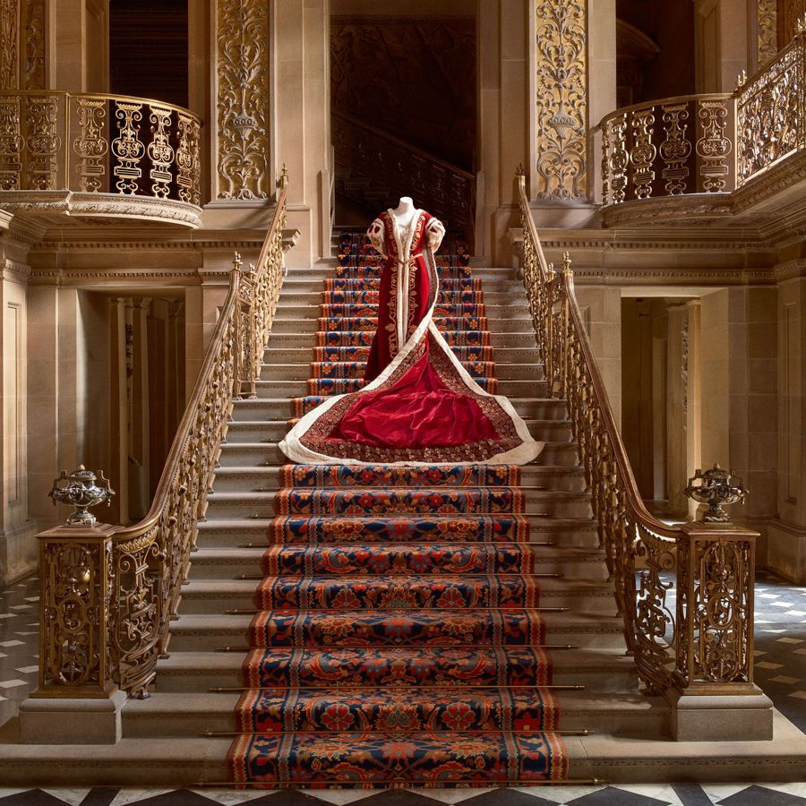 Mistress of the Robes coronation gown © Thomas Loof.jpg