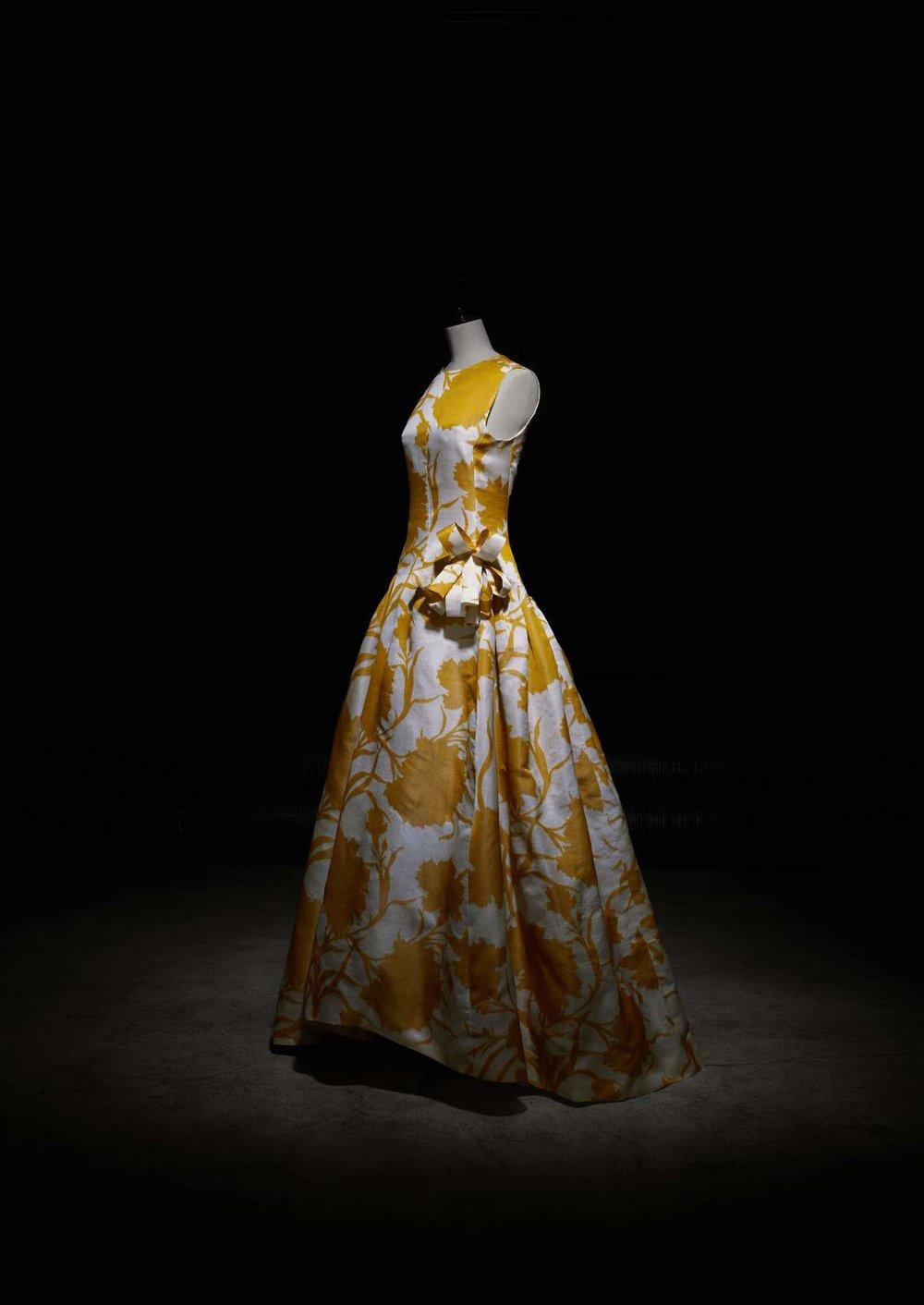 Robe longue «Prado» Prêt à porter vers 1962, Collection Musée Christian Dior, Granville ©Laziz Hamani.jpg