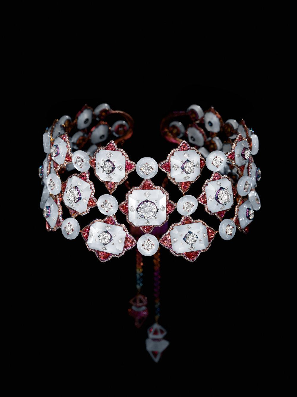 necklace_damask-silk_frontside.jpg