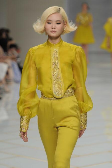 Guo+Pei+Couturenotebook (3).jpg