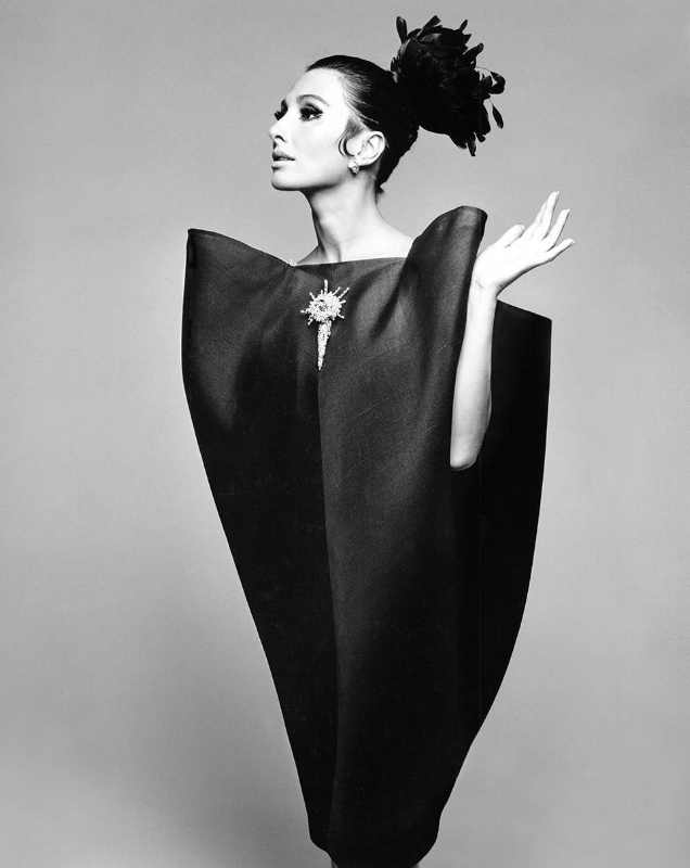 Alberta Tiburzi in 'envelope' dress by Cristóbal Balenciaga. Photograph by Hiro Wakabayashi for Harper's Bazaar, June 1967. © Hiro 1967