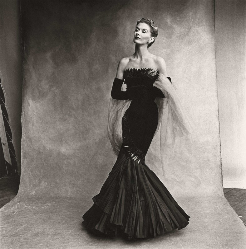 Rochas Mermaid Dress (Lisa Fonssagrives-Penn), 1950 by Irving Penn