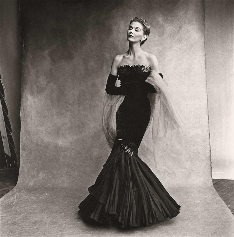 Rochas Mermaid Dress (Lisa Fonssagrives-Penn),1950 by Irving Penn