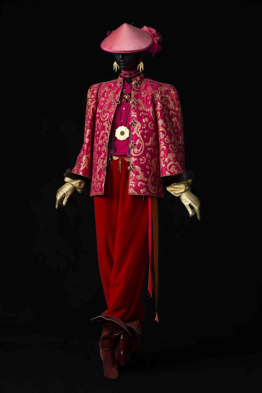 09 - Ensemble du soir, collection haute couture automne-hiver 1977 © Musée Yves Saint Laurent Paris _ Sophie Carre.jpg