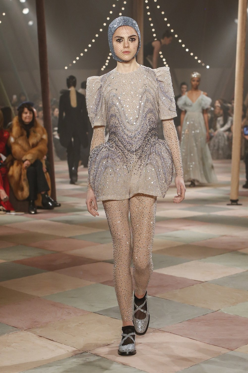 DIOR_HAUTE_COUTURE_SPRING-SUMMER2019_LOOK67.jpg