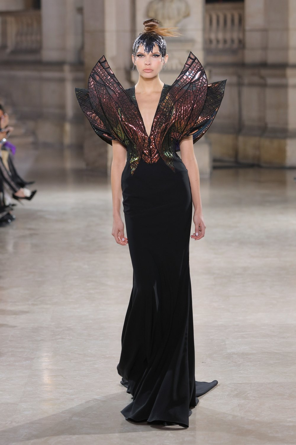 TONY_WARD_COUTURE_SS19_1.jpg