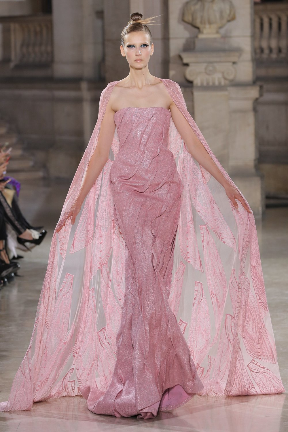 TONY_WARD_COUTURE_SS19_11.jpg