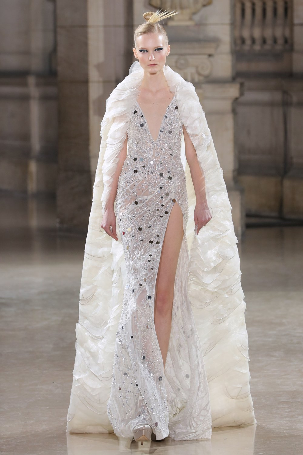 TONY_WARD_COUTURE_SS19_14.jpg
