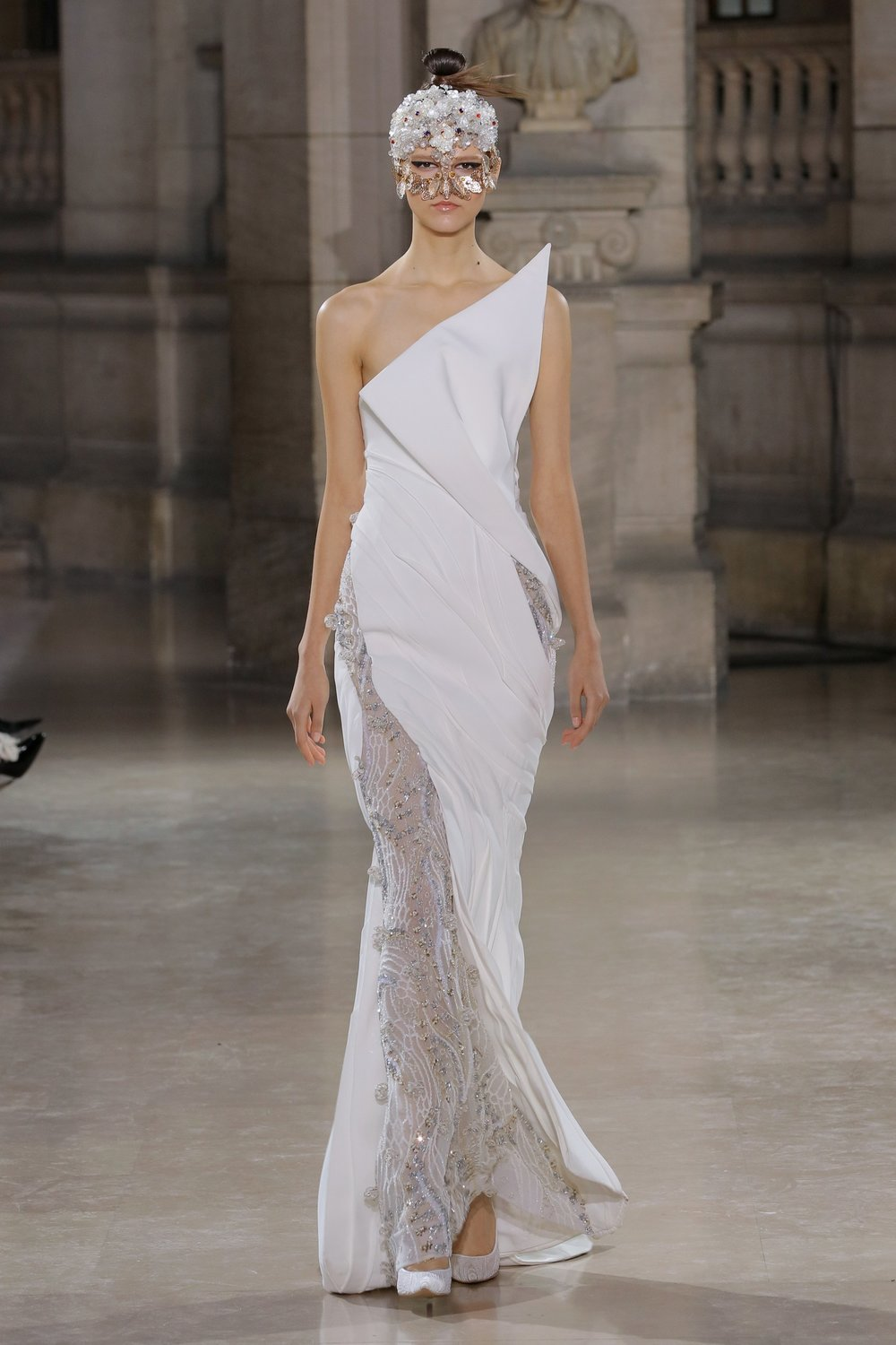 TONY_WARD_COUTURE_SS19_15.jpg