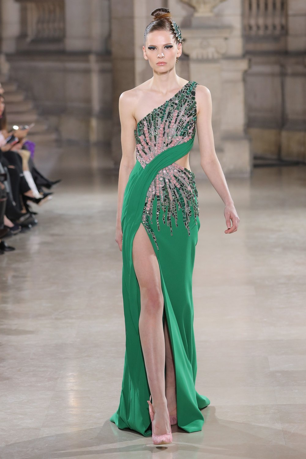TONY_WARD_COUTURE_SS19_22.jpg