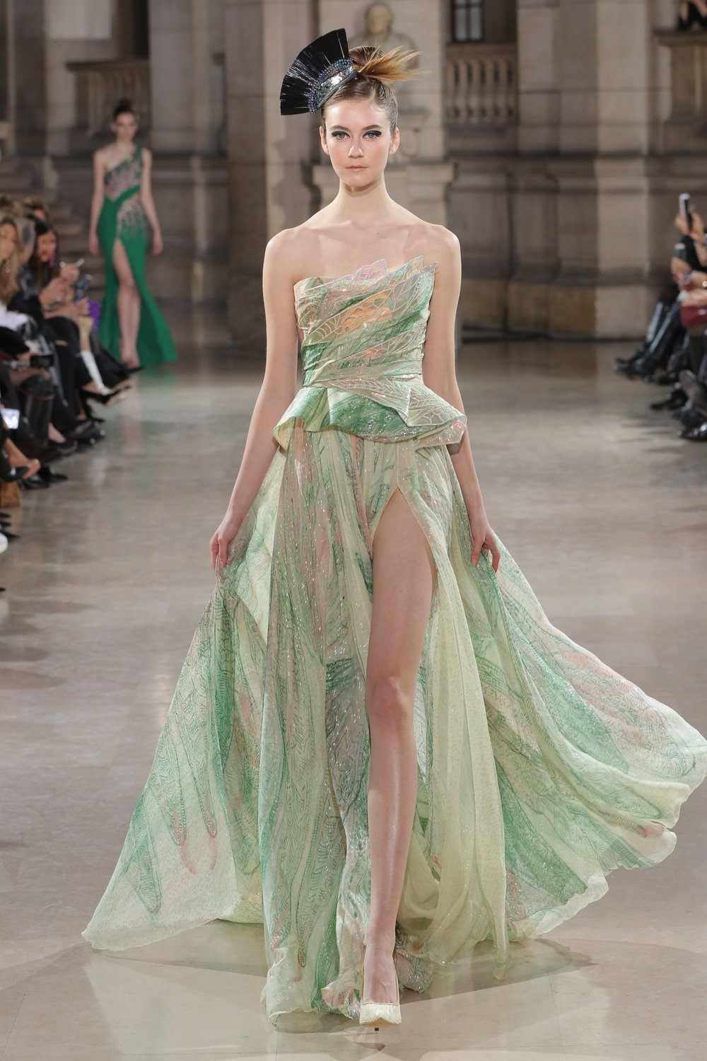 TONY_WARD_COUTURE_SS19_21.jpg