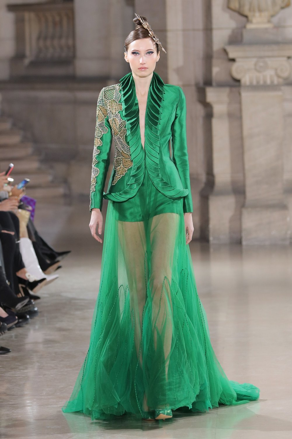 TONY_WARD_COUTURE_SS19_23.jpg