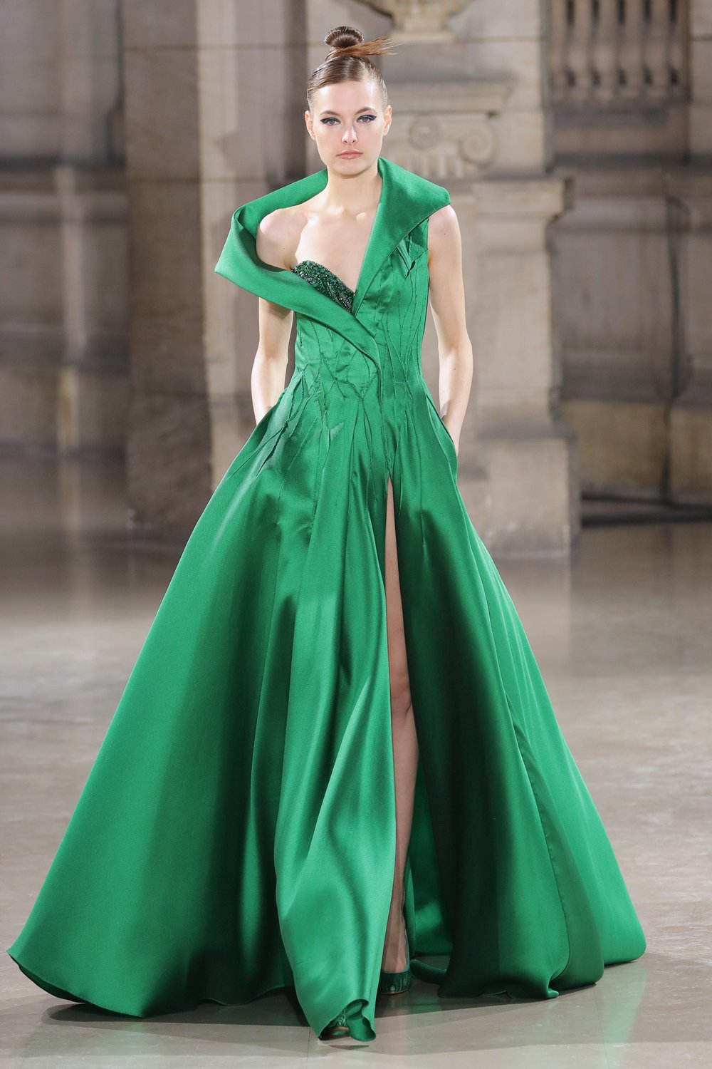 TONY_WARD_COUTURE_SS19_24.jpg