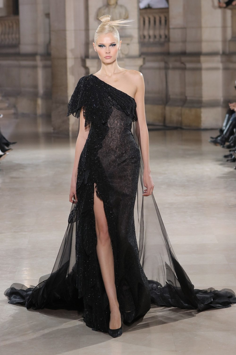 TONY_WARD_COUTURE_SS19_30.jpg