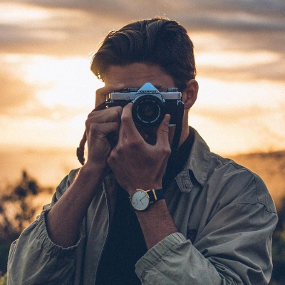 PHOTOGRAPHY - We have a team of professional photographers to come in and document anything you can imagine, from food to fundraisers we have you covered.