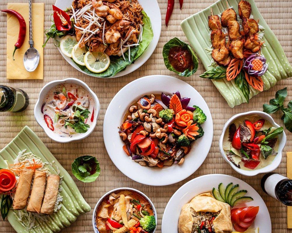 第四課|抓住第一眼!餐點照片就是你的門面 - 一份好的菜單,除了在餐點名稱、描述、價格、分類...等下功夫外,如何在生硬菜單文字中跳出來?讓消費者在外送平台中眾多餐聽增加轉換率,「餐點照片」是一門重要的課題!
