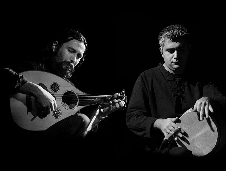 Arman Sigarchi: Barbat / Kaveh Mahmudiyan: Tombak