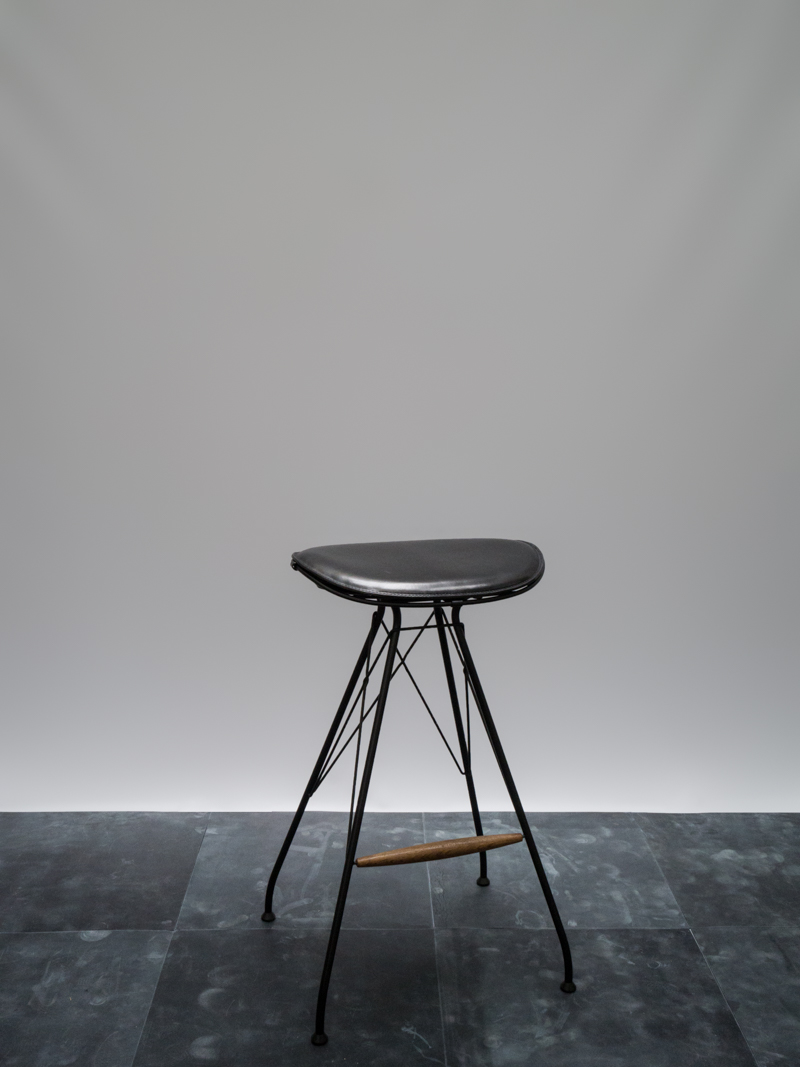 Wire Bar Stool <i><br>price on request</i>