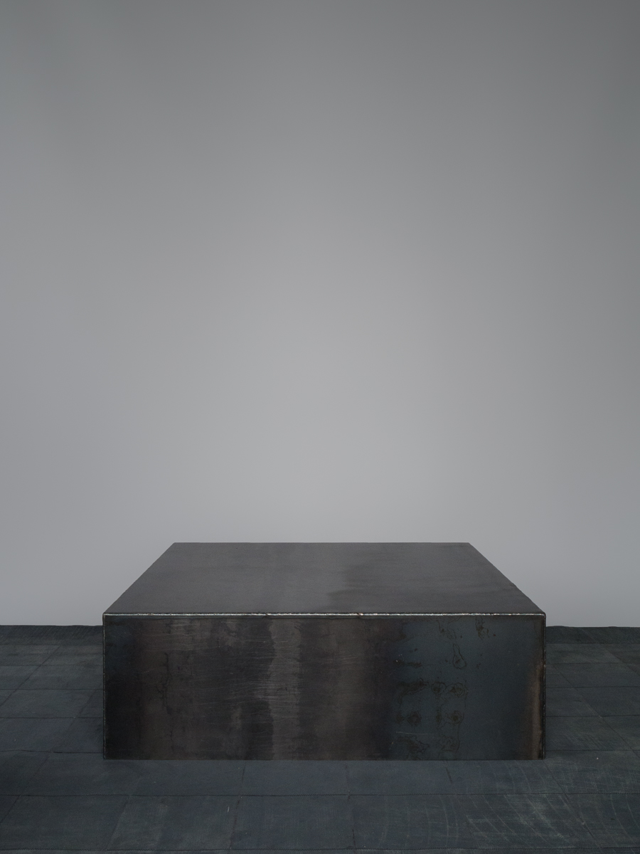 Iron Cube Coffee Table<i><br>10.900 DKK</i>