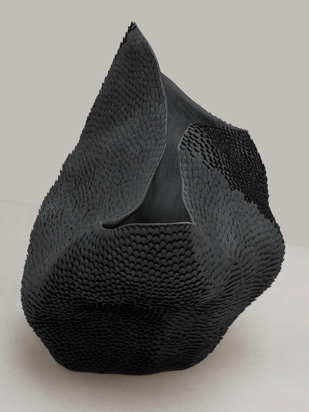 Pangolin Vase #2 <i><br>14.900 DKK</i>