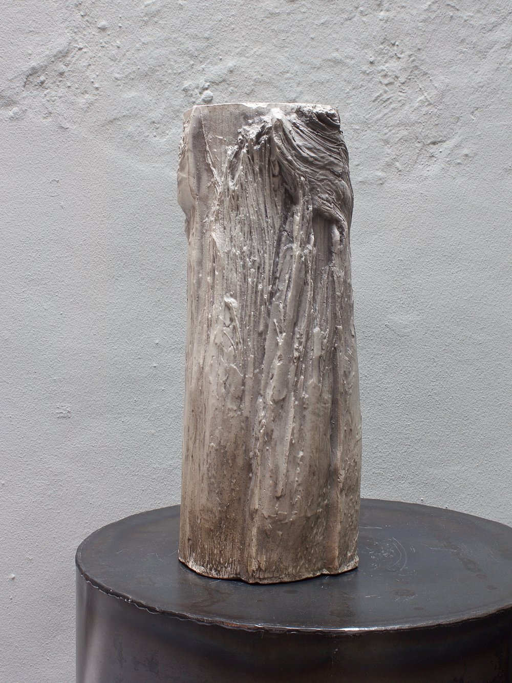 Bark Vase <i><br>7.700 DKK </i>