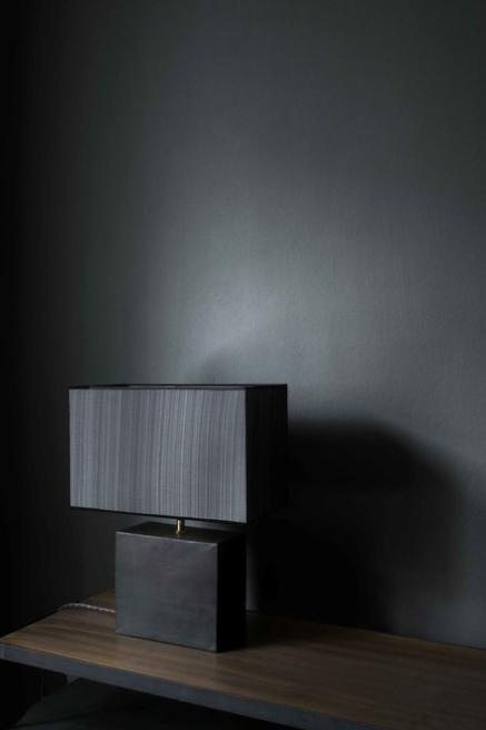 Black-reduced-table-lamp-Rue-Verte