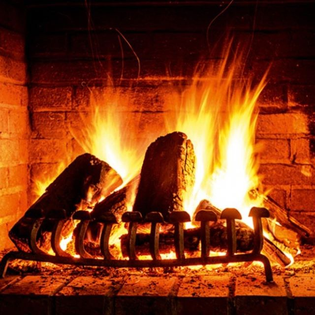 It's pretty cold out there, so I hope once you get home tonight you'll have one of these to sit close to. Happy weekend everyone! . . . . #propertyadvisory #buyersagentsydney #investmentproperty #buymeaproperty #milliondollarlistingsydney #offmarket #propertyAU #propertysydney #sydneyhomes #podcast #sydneypropertyinsider  #sydneywinter #winterweather #chilly #winter #openfire #babyitscoldoutside #sydneyrealestate #michellemaybuyersagent #ilovemyjob #property #propertybuyer