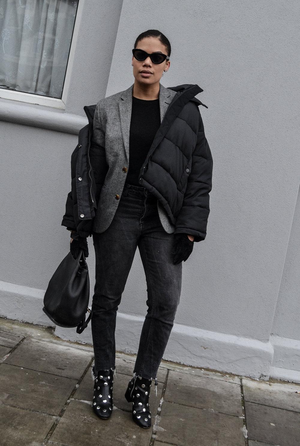 Puffer, blazer, cashmere jumper, gloves and shoes: all h&m - Bag: Coach (vintage)