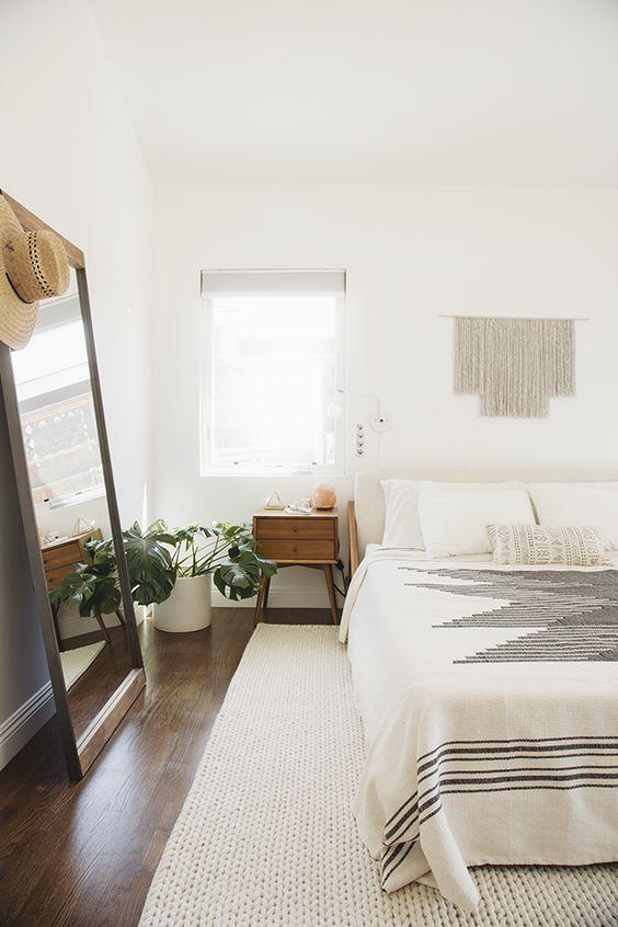 Minimal Bedroom 1