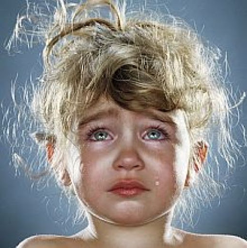 cute-little-girl-crying-wallpapers.jpg