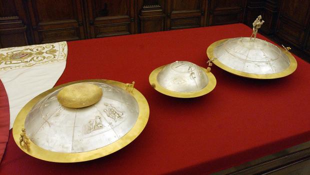 Conclave ballot urns