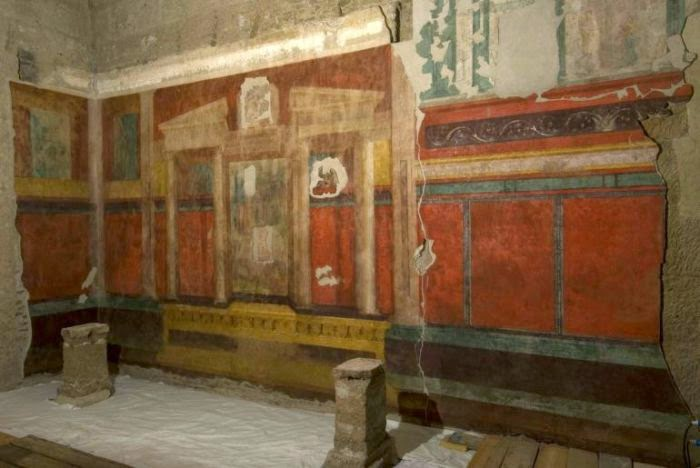 Interior of the House of Augustus, Palatine Hill [ source]