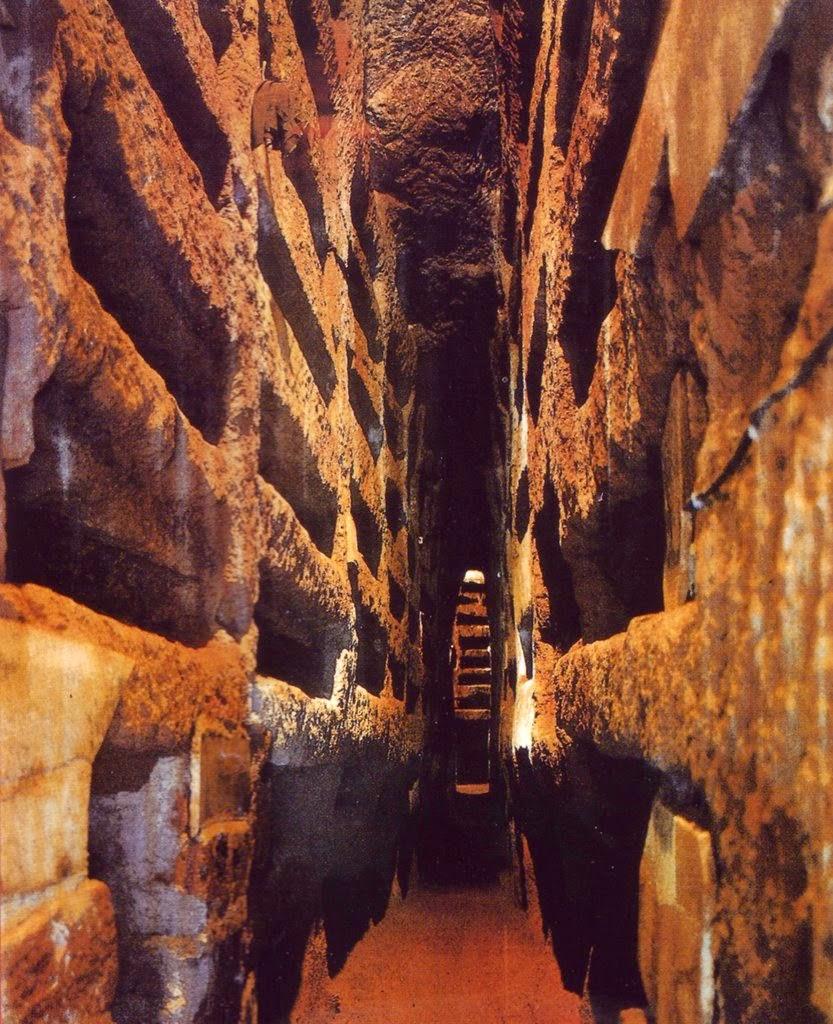 Catacombs of San Callisto, Rome [ source ]