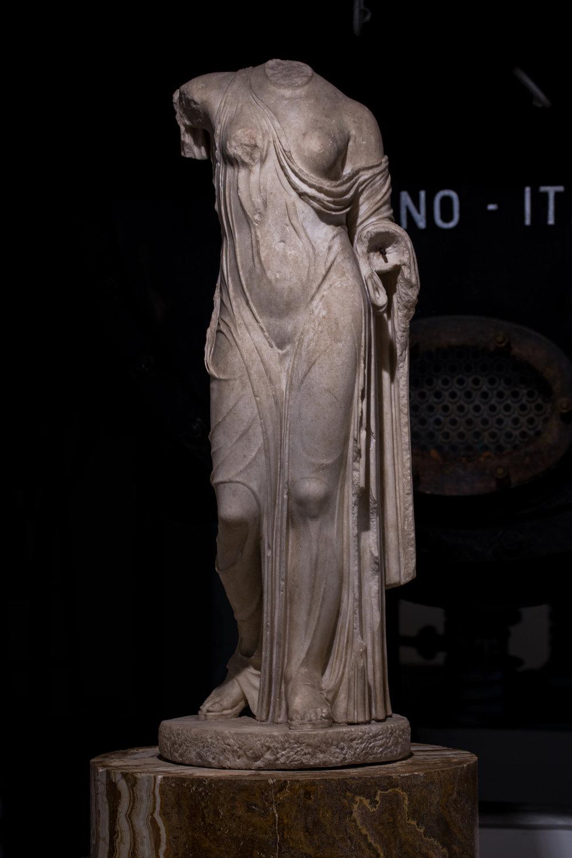 Statuette of Aphrodite_1st half 1st century BC.JPG