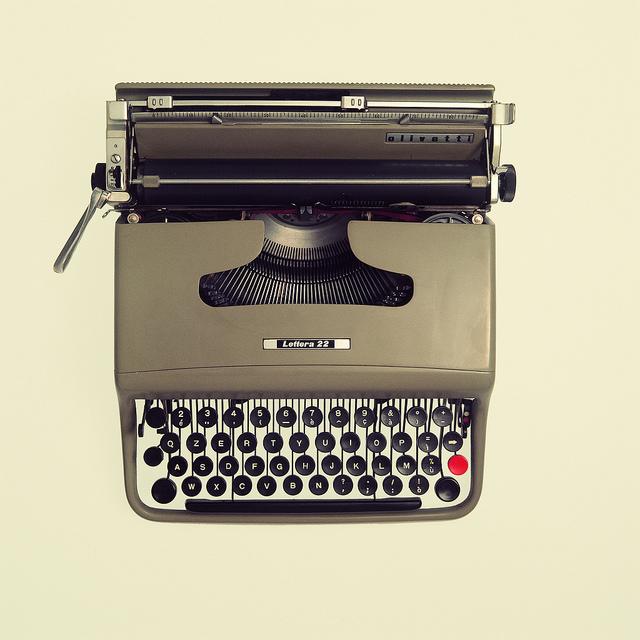 Olivetti beige.jpg