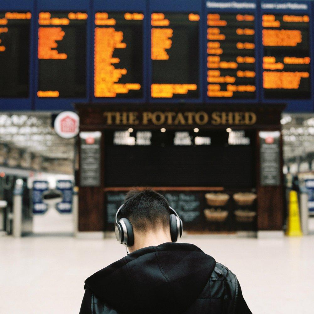 Glasgow train station headphones © Ilya Ilyukhin.jpg